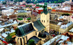 lviv_ukraine-wallpaper-1680x1050-1[1]